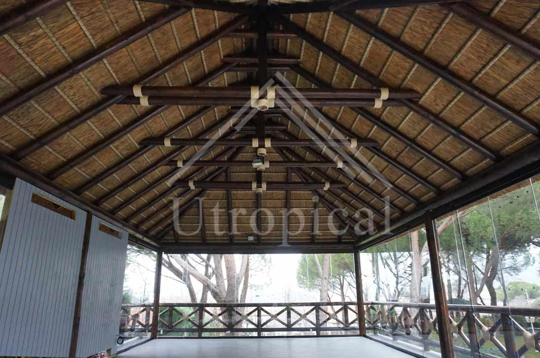Zona para comer Tropical junco en Marbella malaga