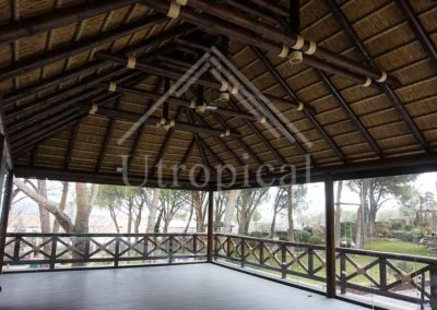 zona jardin techo de junco tropical Malaga Mijas Marbella