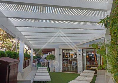 Pergolas para zona de comida restaurante negocio hotel