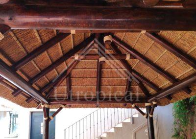 tejado tropicales de junco estructura malaga mijas